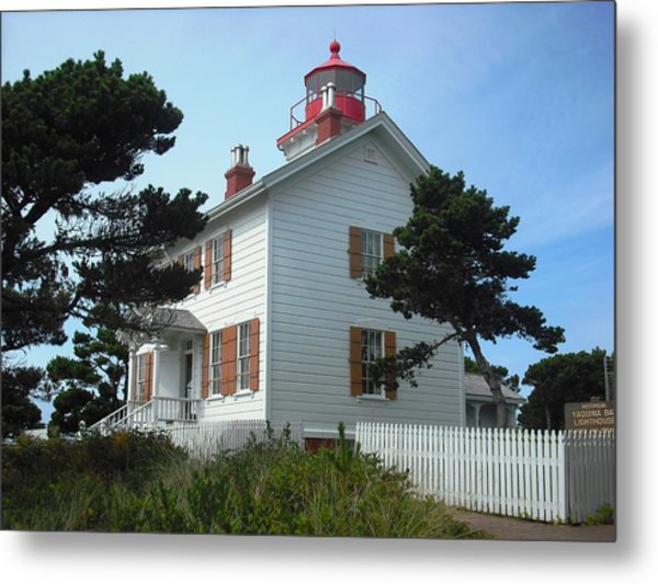 Yaquina Bay Lighthouse Newport Metal Print