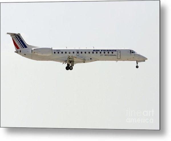 Air France Regional Airlines Embraer Erj-145eu - F-grgl  Metal Print