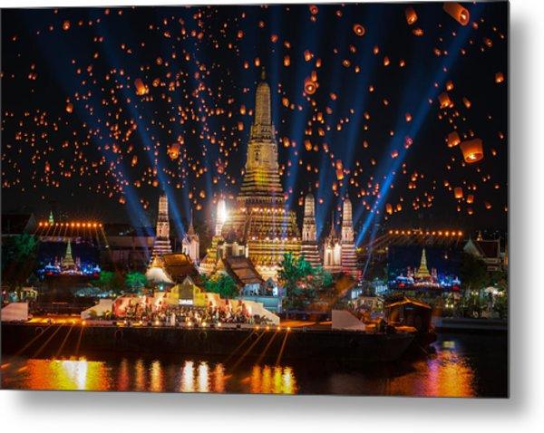 Wat Arun Temple Metal Print