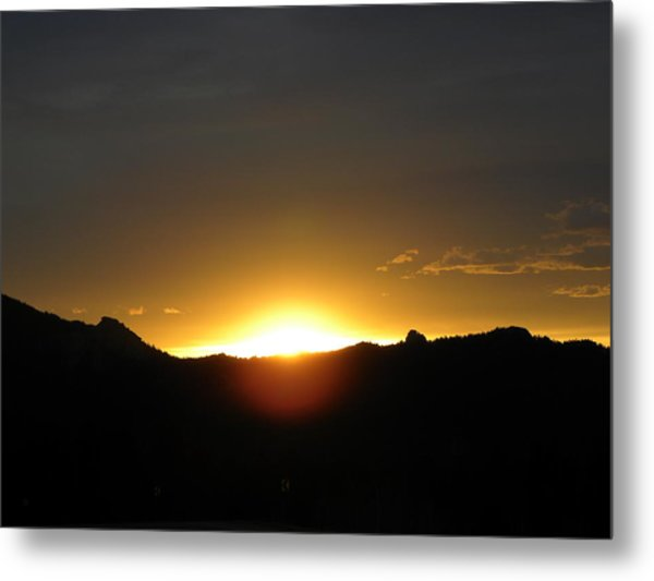 Sunrise West Side Of Rmnp Co Metal Print