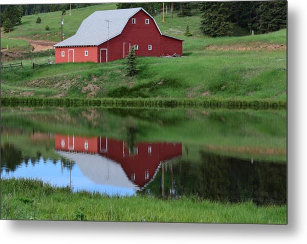 Red Barn Burgess Res Divide Co Metal Print