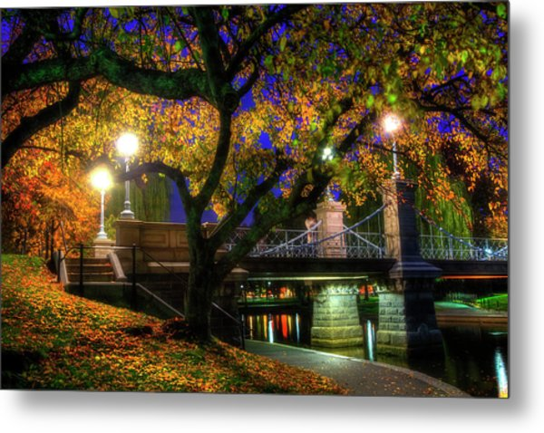 Boston Public Garden Lagoon Bridge In Autumn Metal Print