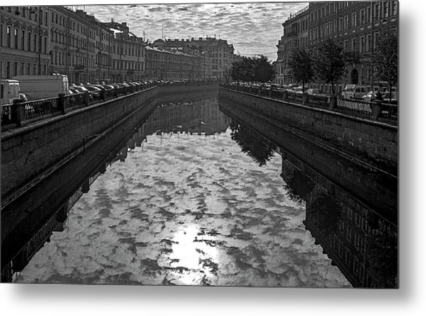 City Reflected In The Water Channels Metal Print