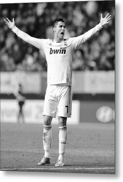 Cristiano Ronaldo 24 Metal Print