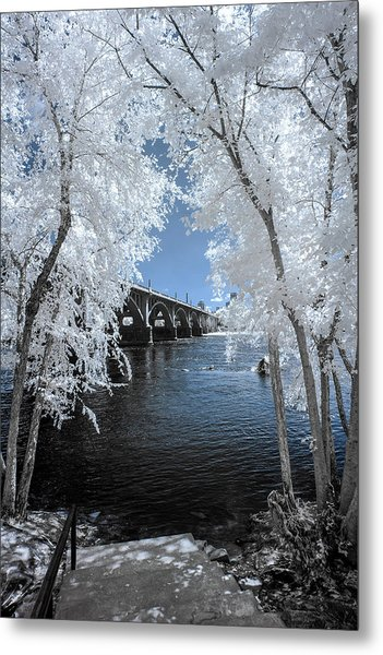 Gervais St. Bridge In Surreal Light Metal Print