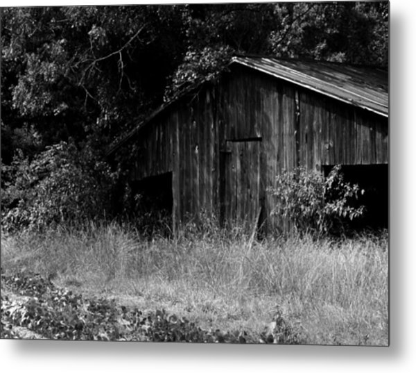 Old Barn Metal Print