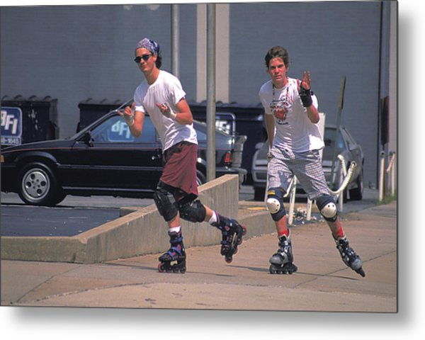 Roller Bladers In Miami Beach Metal Print by Carl Purcell