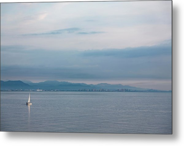 Sailing To Shore Metal Print