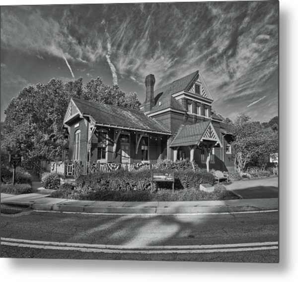 Metal Print featuring the photograph Skyesville Train Station by Mark Dodd