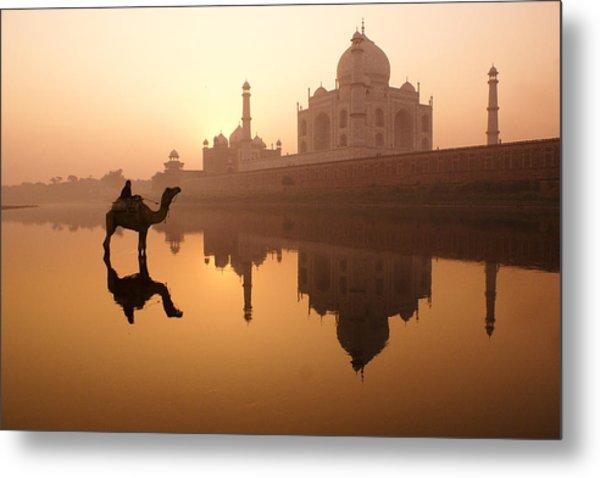 Taj Mahal At Sunrise Metal Print