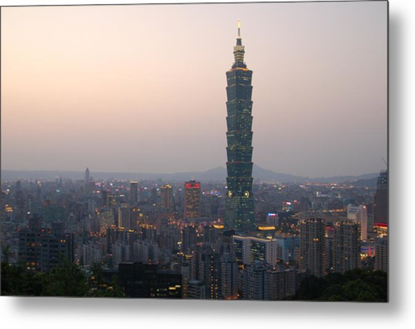 101 Tower Metal Print