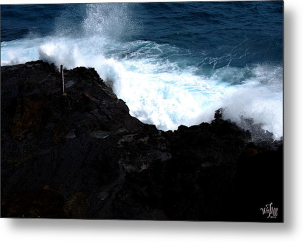 Hawaii Metal Print by Thea Wolff