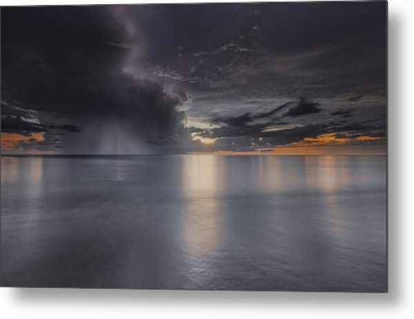 Sunst Over The Ocean Metal Print