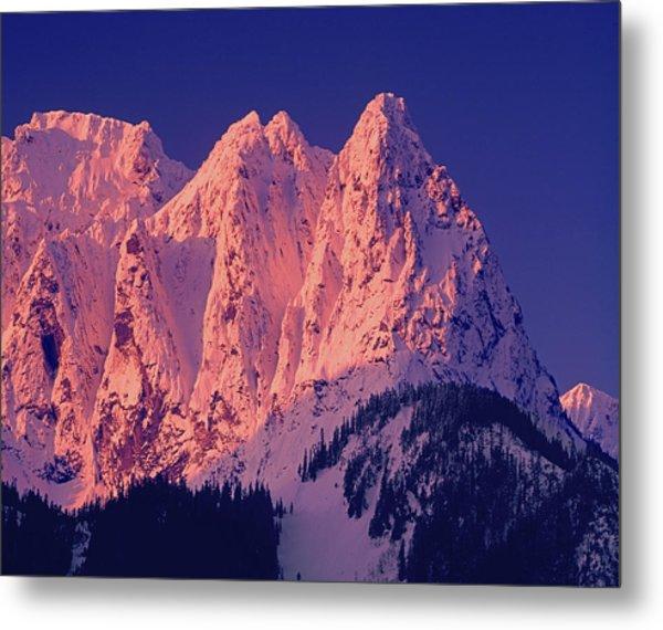 1m4503-a Three Peaks Of Mt. Index At Sunrise Metal Print