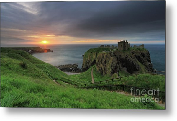 Dunnottar Castle At Sunrise Metal Print