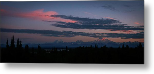 Sunrise And The Alaska Range Metal Print