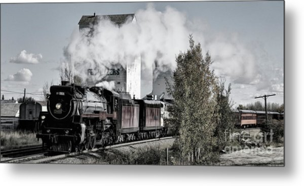 2816 At Dewinton Metal Print