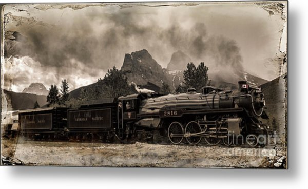 2816 Empress At Three Sisters - Canmore Metal Print