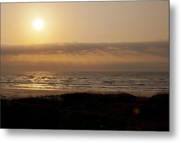 Sunrise At Beach Metal Print