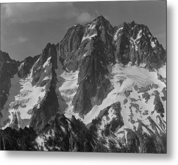 304630 Bw North Face Mt. Stuart Metal Print