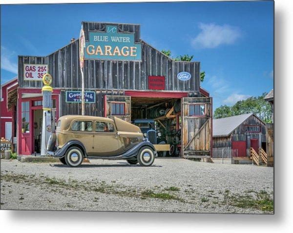 '34 Ford Sedan At Blue Water Garage Metal Print