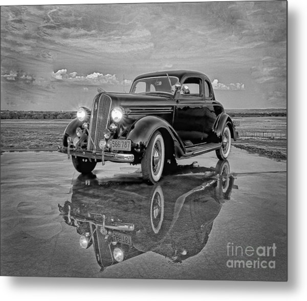 36 Plymouth Reflections Pencil Sketch Metal Print