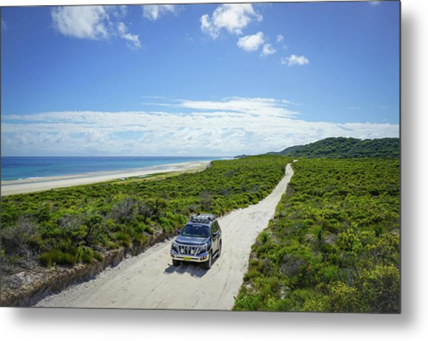 4wd Car Exploring Remote Track On Sand Island Metal Print