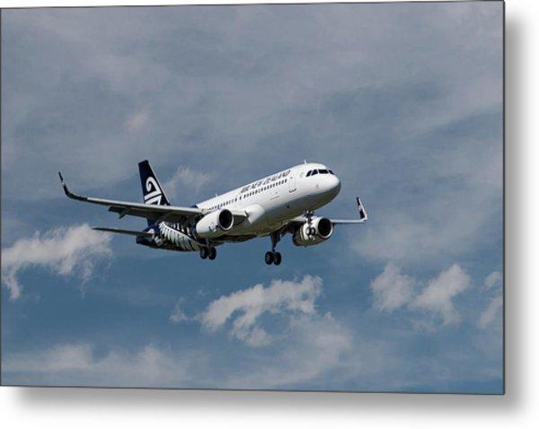 Air New Zealand Airbus A320 Metal Print