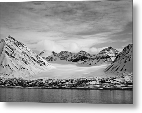 79 Degrees North O Metal Print by Terence Davis
