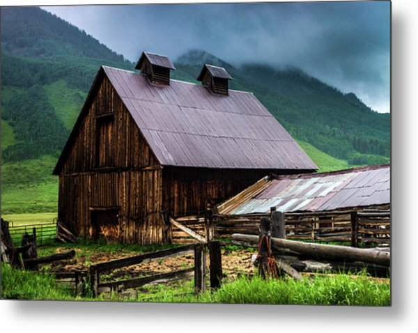 A Barn In Crested Butte Metal Print