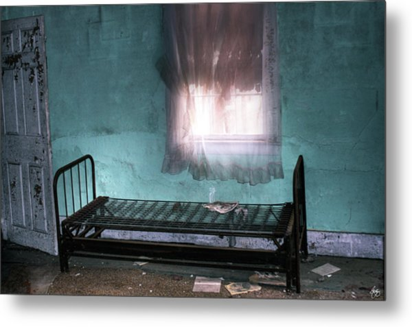 A Glow Where She Slept Metal Print