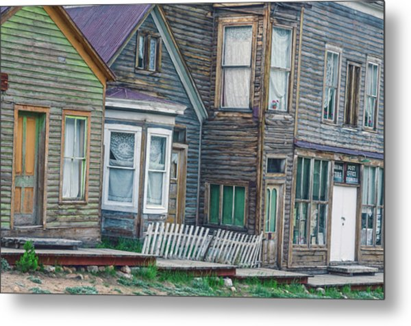 A Haimish Abode From A Bygone Era Metal Print