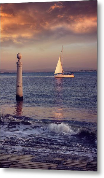 A Lisbon Sunset By The Tagus River Metal Print