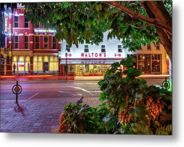 Metal Print featuring the photograph A Night On The Bentonville Arkansas Square by Gregory Ballos