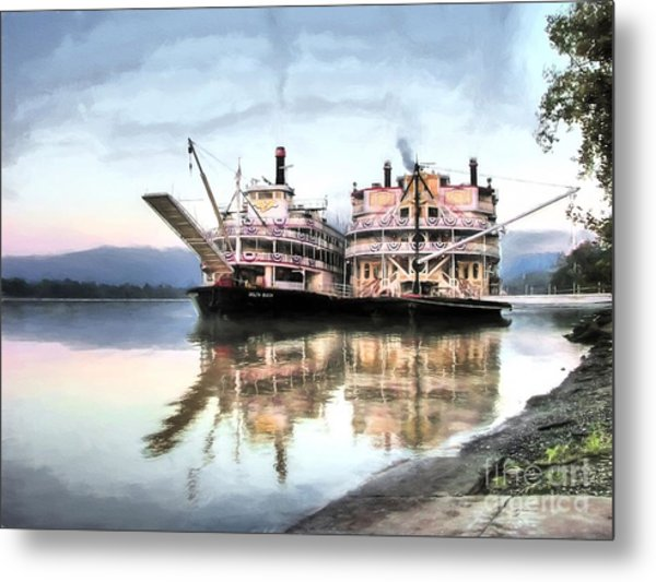 A Pair Of Queens Metal Print by Mel Steinhauer