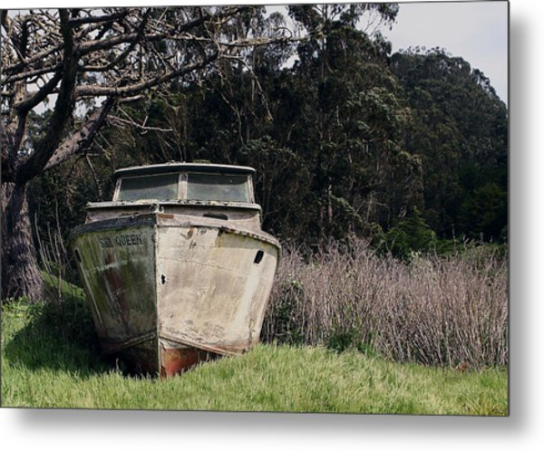 A Retired Old Fishing Boat On Dry Land In Bodega Bay Metal Print
