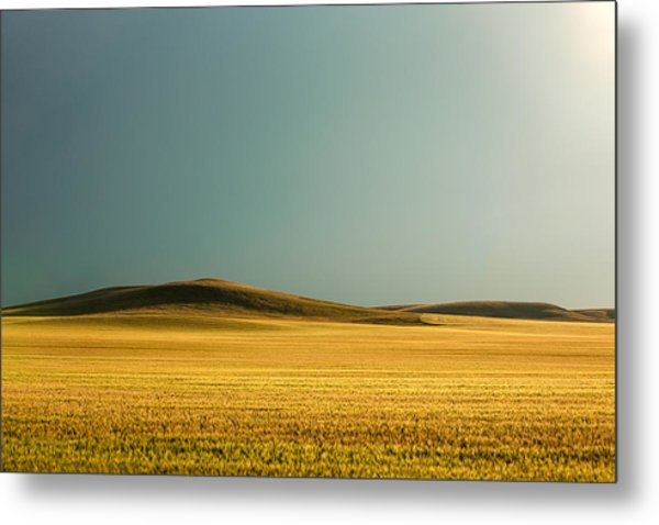 A Rise On The Plains Metal Print