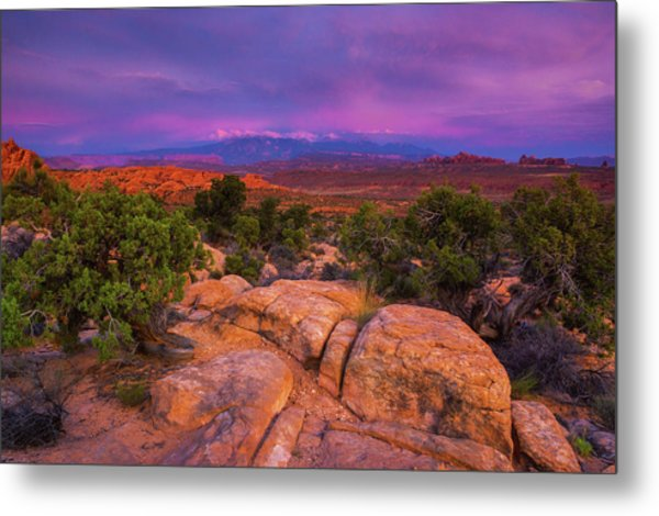 A Sunset Over Arches Metal Print