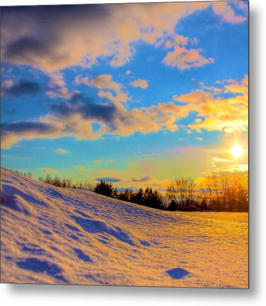 A Winters Sunset  Metal Print by Robert Pearson