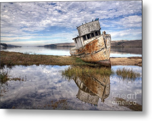 Abandoned Ship Metal Print
