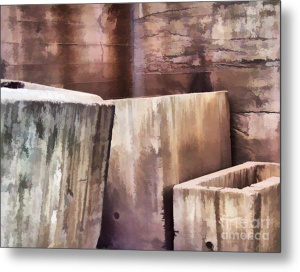 Abstract No. Sixteen Metal Print by Tom Griffithe