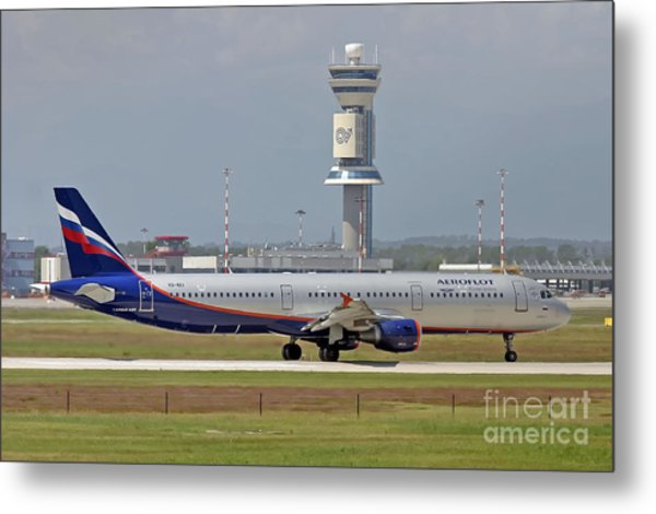 Aeroflot - Russian Airlines Airbus A321-211 - Vq-bei Metal Print