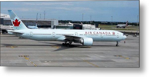 Air Canada Boeing 777-300er Metal Print