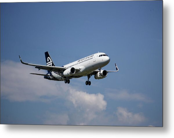 Air New Zealand Airbus A320 Metal Print