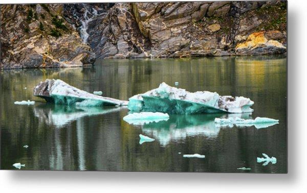 Alaskan Icebergs Metal Print