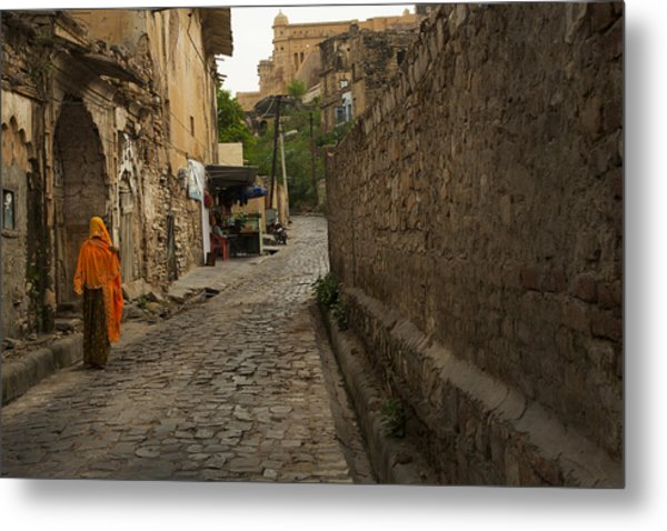 Alley To The Palace On The Hill Metal Print