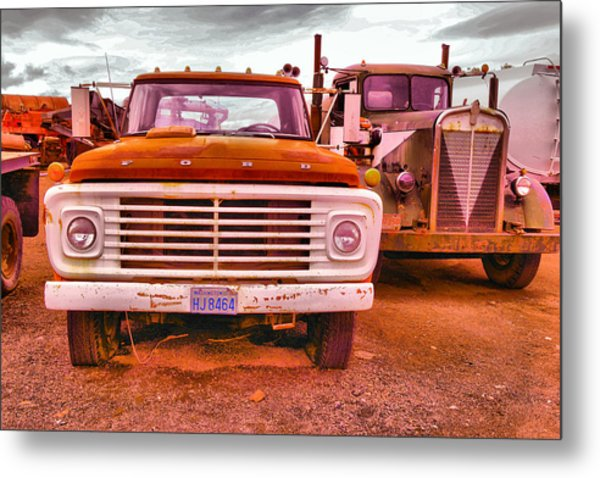 An Old Ford And Kenworth Metal Print