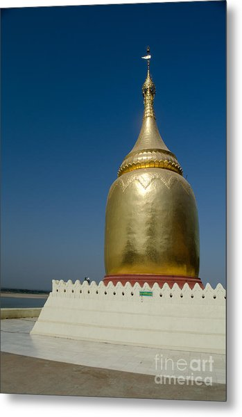 Ancient Riverside Stupa Along The Irrawaddy River In Burma Metal Print