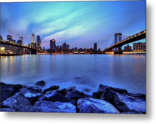 Another Day Comes To A Close In Nyc Metal Print by Daniel Portalatin