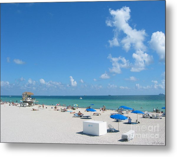 another fine day in South Beach Metal Print by Keiko Richter